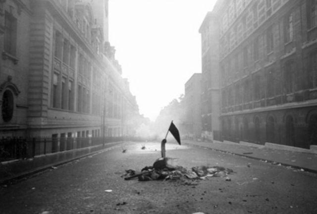 photographie de Gilles Caron, Mai 68, rue saint jacques, Paris