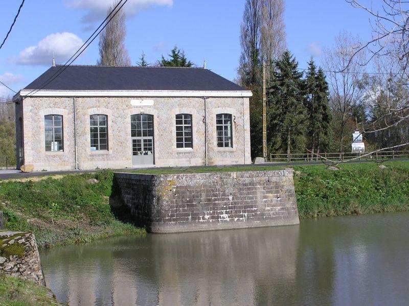 le bâtiment de la machinerie des Champs-Neufs